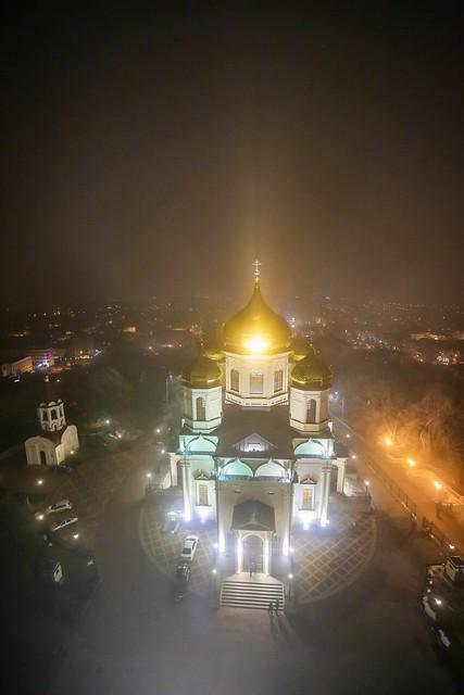 19 января 2020, В праздник Крещения Господня митрополит Кирилл совершил Литургию и чин великого освящения воды в Казанском соборе