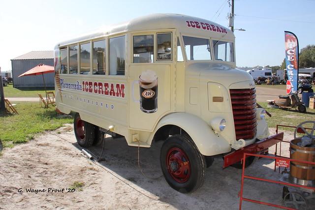 1941 GMC COE Short Bus