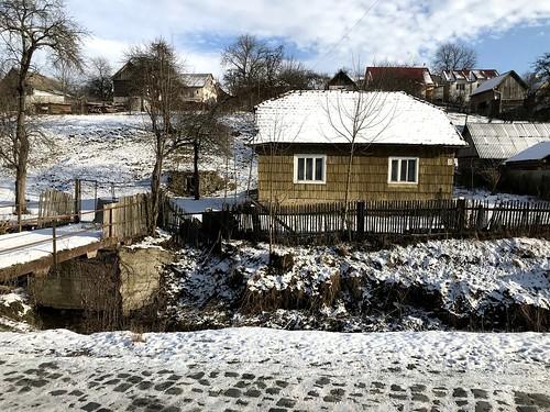 A régióra jellemző faborítású házikó