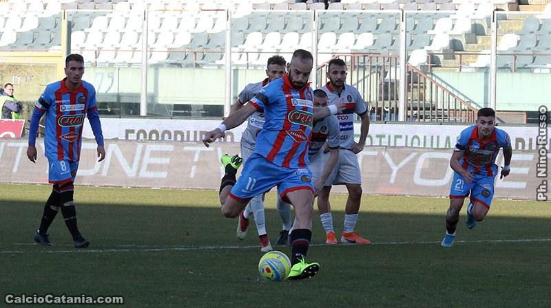Catania-Potenza 1-1: terzo pari di fila per gli etnei