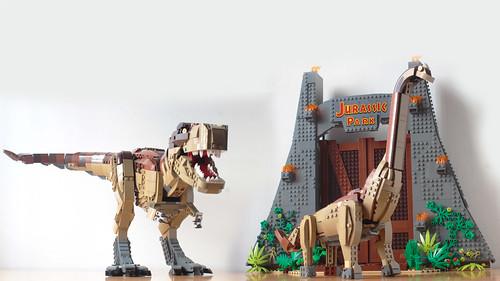 Lego Brachiosaurus with the 75936 T-Rex pieces