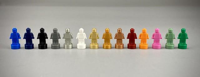 LEGO Monochrome Minifigure Trophy 5