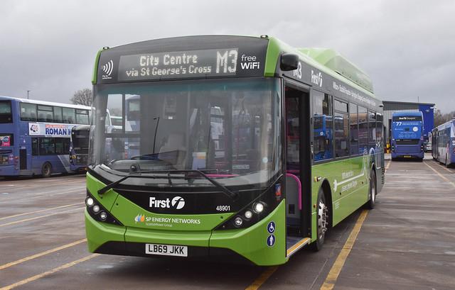 First Glasgow Alexander Dennis Enviro 200 EV 48901