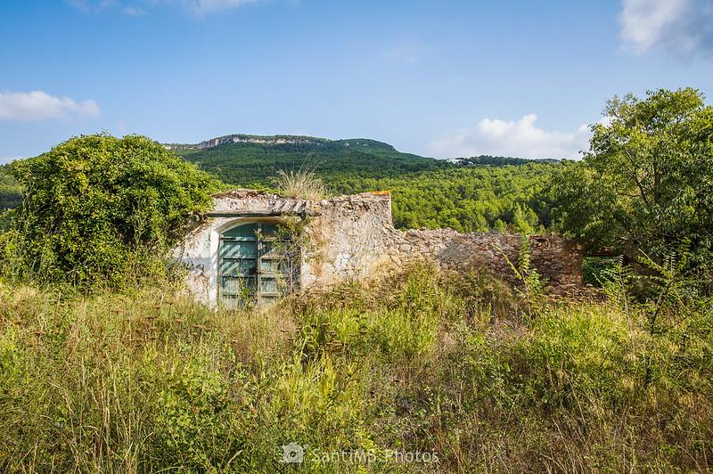 Una puerta grande en les Valls de Foix