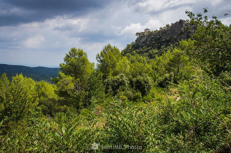 Santuari de Foix desde la Font del Rector