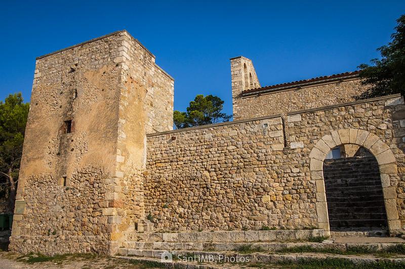 Muralla del Santuari de Foix