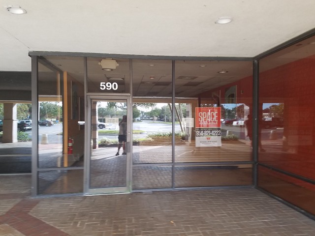 Winn Dixie Store Closed (Bonita Springs, FL)