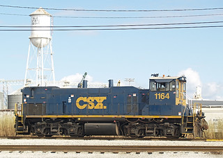 CSX MP15AC 1164 (ex-SCL 4024) at the Alabama State Docks in Mobile, AL on January 6, 2008