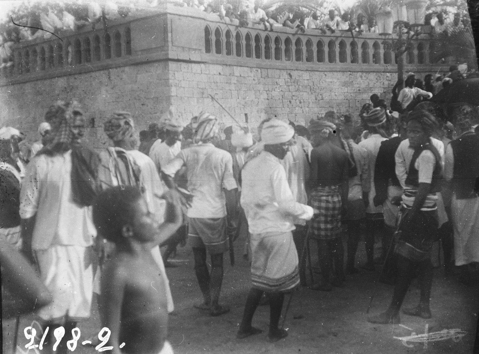 20. Джибути. Пляска мусульман по случаю праздника