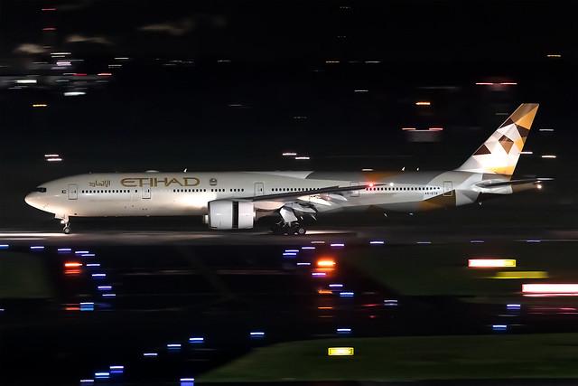 A6-ETD Etihad Airways Boeing 777-3FX(ER)