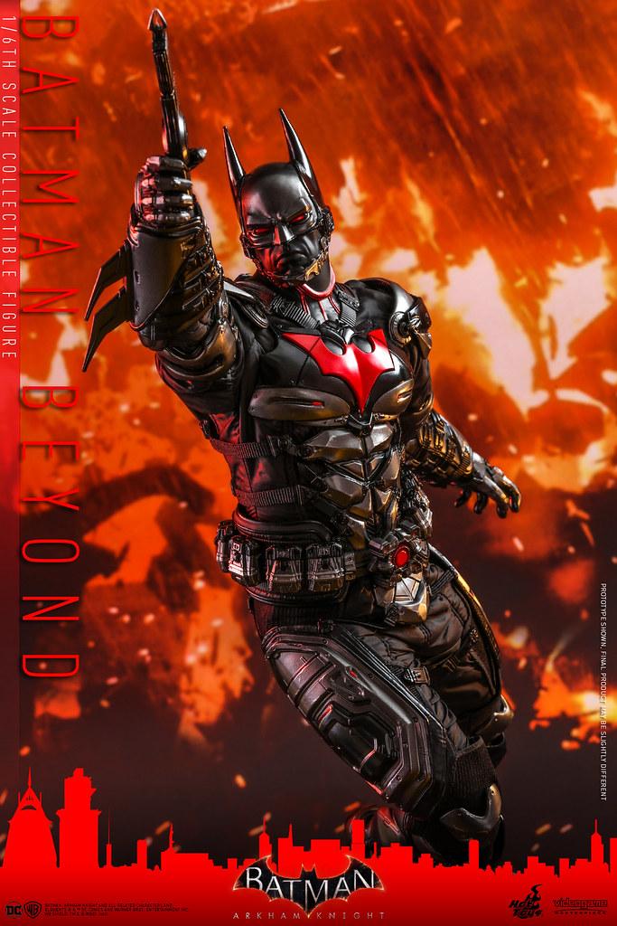 濃厚軍武感戰衣與豐富武器陣容超過癮! Hot Toys - VGM39 -《蝙蝠俠:阿卡漢騎士》未來蝙蝠俠 Batman Beyond 1/6 比例人偶