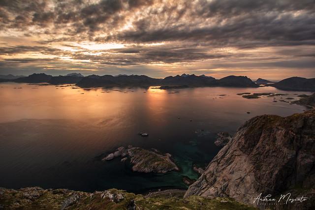 Festvågtinden Hike - Lofoten Islands (Norway)