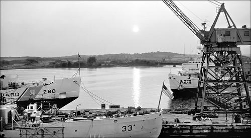 coastguard curtisbay wlb277 cowslip coastguardcutter uscgcduane w33 uscgceastwind uscgcsouthwind super coolscan 4000 slidecopying w279 w280 icebreaker nikonsupercoolscan4000 vessel ship shipyard towercrane maryland harbor