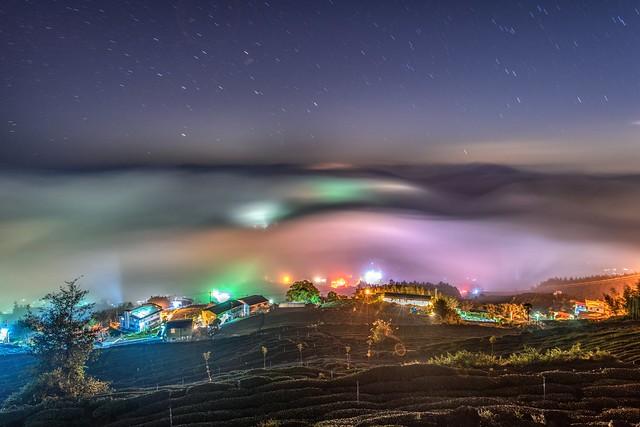 頂石棹~雲浪琉璃~   Colored glass light clouds