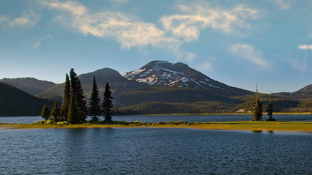 Sparks Lake Late Afternoon