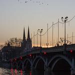 26. Detsember 2019 - 18:29 - Fin de journée sur la cathédrale de Bayonne et le pont Saint-Esprit
