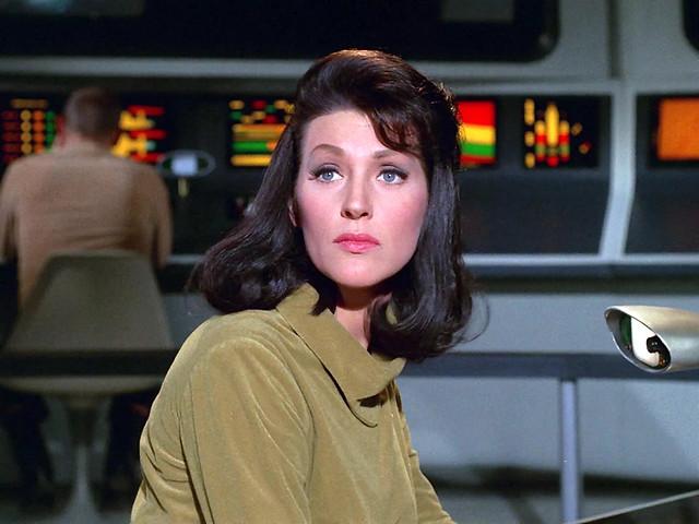 Hey, Majel! 躲在語音助理科技背後的科幻女英雄