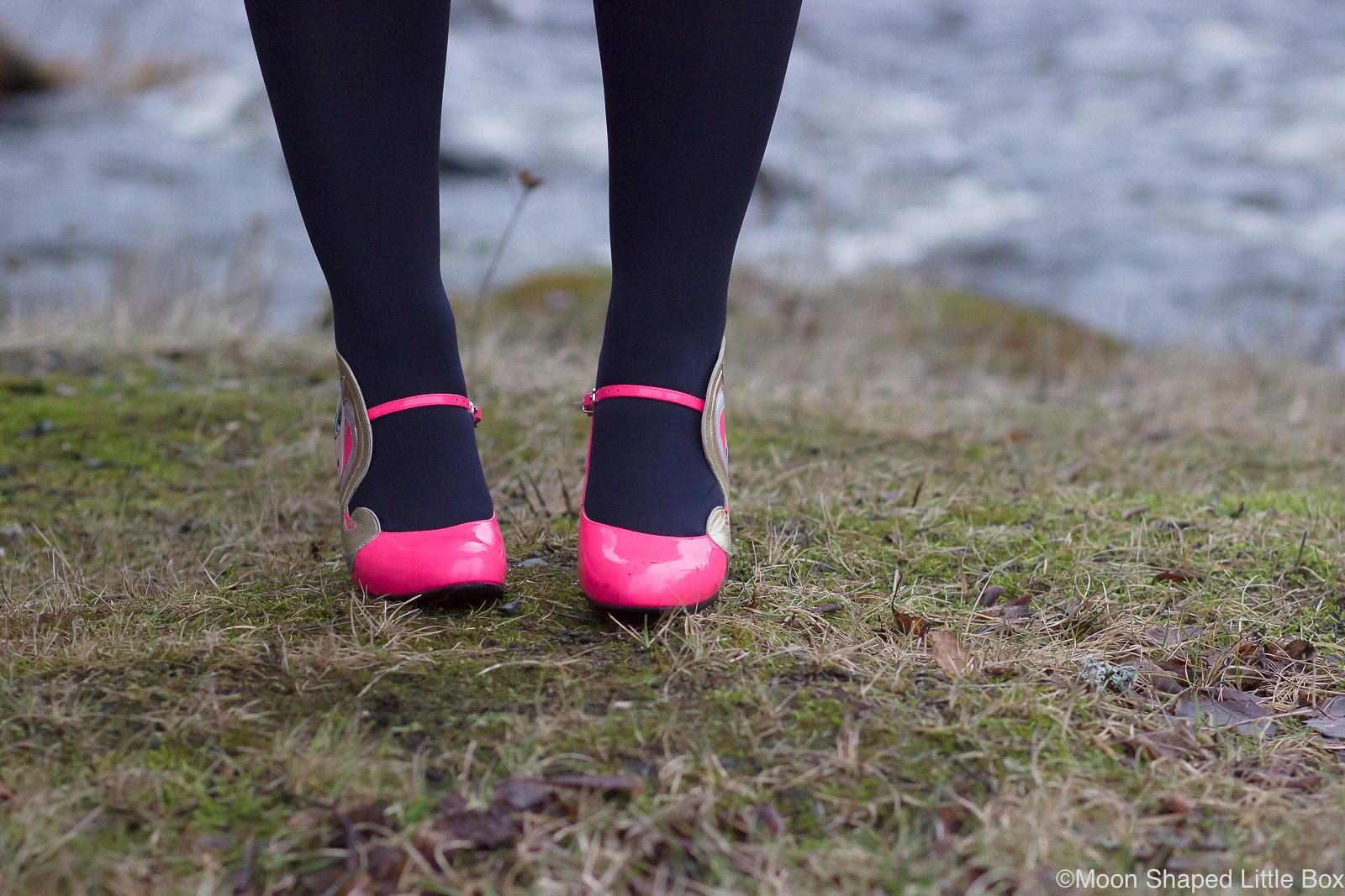 Minna-Parikan-kengat-pinkit
