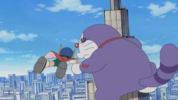 近年來《哆啦A夢》裡的貉子似乎越畫越走樣,尾巴也漸漸「浣熊化」。圖片來源:《哆啦A夢》劇照