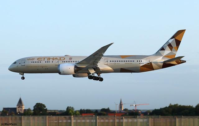 Etihad Airways Boeing 787-9 Dreamliner A6-BLA