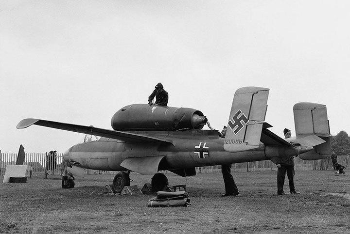 historycultureeducation: German He-162 Volksjger on public display after the war in Hyde Park London England. (1945) [720 x 483] Source: https://ift.tt/37fkyMo