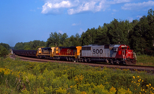 CNW - SOO 6005 South loaded filter cake from LTV to St Paul, on BN at Sandstone, MN; Aug 11, 1991_