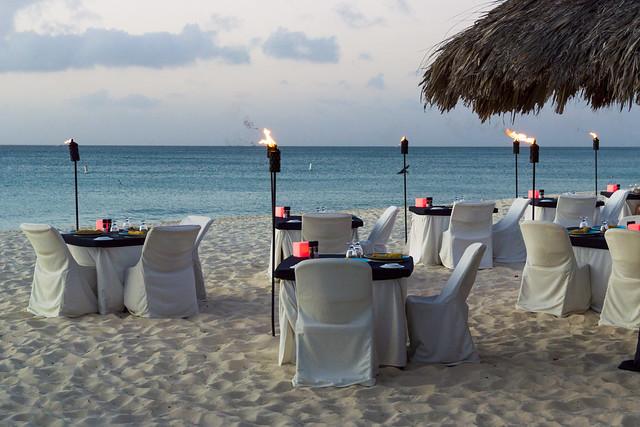 Deluxe Dinner on the Beach