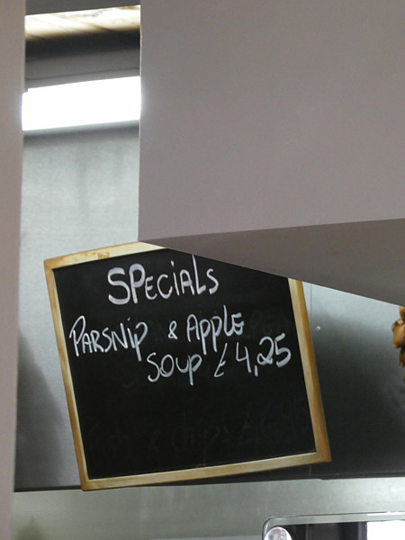 parsnips and apple soup
