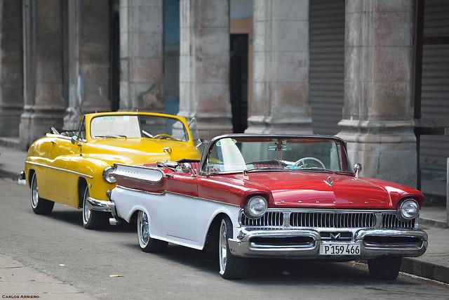 Rojo y amarillo (La Habana, Cuba)