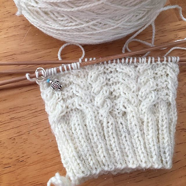 New socks. Sparkly white yarn with cable and purl texture. ✨✨ #knitting #sockknitting #dartagnansocks