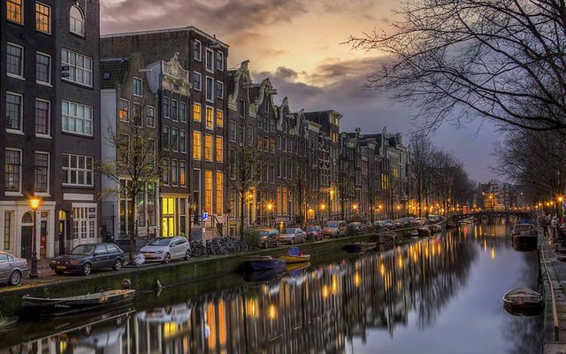 Amsterdam - Photo found on the web