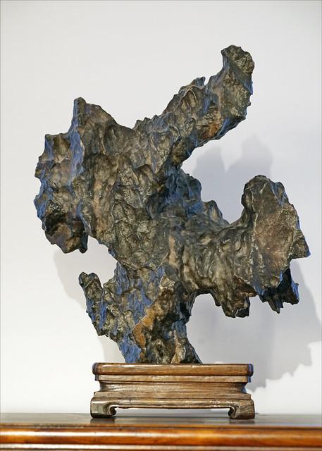 Rocher de lettré (musée national des arts asiatiques - Guimet, Paris)