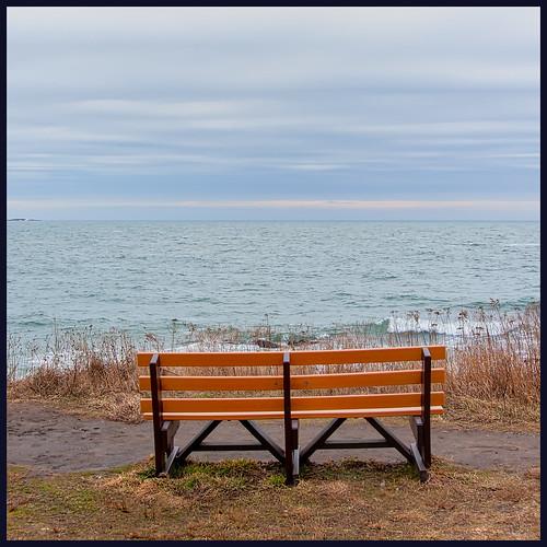 ocean large bench sachuestpoint sky 0120 2020 monday middletown rhodeisland unitedstatesofamerica