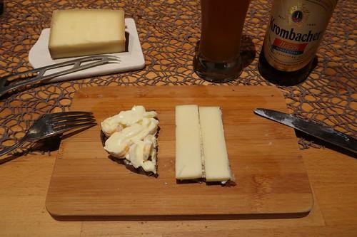 Monsieur Bernhard und Alpenstolz auf Majanne-Brot