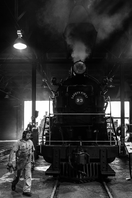 024693764230981-120-20-01-Building up Steam-2-Black and White