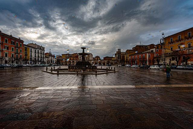 Sulmona e gocce di pioggia.