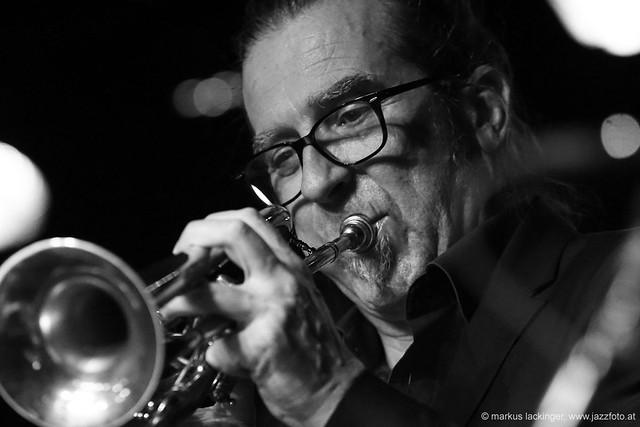 Andreas Lackner,: trumpetp, flügelhorn, Hackbrett, Glockenspiel