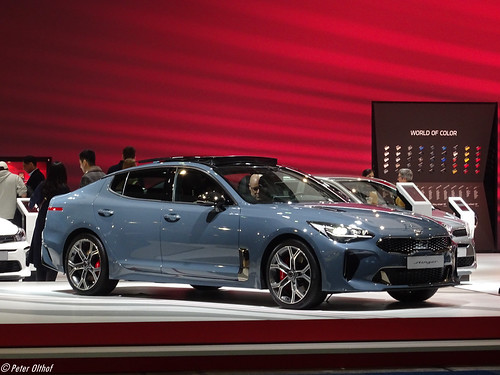 2020 KIA Stinger Photo