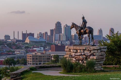 the scout kansas city skyline missouri sioux indian statue sunset darwin fan fandarwin olympus omd em10