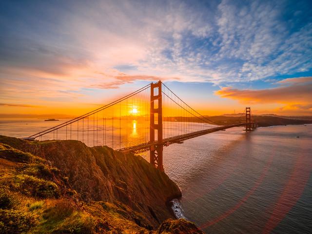 Golden Gate Bridge San Francisco Bay Sunrise California Fine Art Landscape Nature Fuji GFX100 Photography! Dr. Elliot McGucken dx4/dt=ic California Master Fine Art Medium Format Photographer! High Res MF! Venus Optics Laowa 17mm f/4 GFX Zero-D Lens