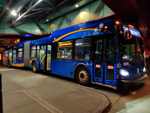 "2020 New Flyer ""Xcelsior"" 6276 on the Q70 SBS at 74th Street Bus Terminal 