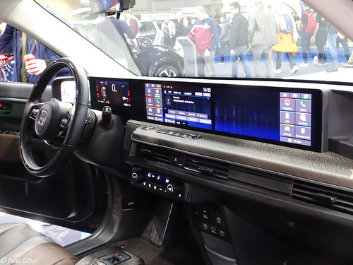 2020 Honda e dashboard Photo