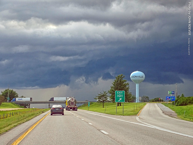 Approaching storm on I-70 near Boonville, 16 June 2019