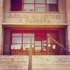 #Buongiorno Sapienza con una foto dell'Edificio di Lettere di @gianluca_sabatini #Repost: «Buongiorno, Sapienza!» #repostSapienza #ImmaginiDallaSapienza di #studentiSapienza #EdLettere_Sapienza #CittàUniversitaria_Sapienza #LuoghiDellaSapienza #StudioAlla