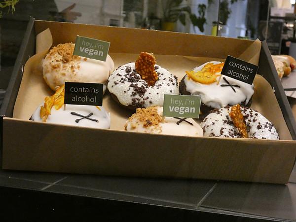 doughnuts cross