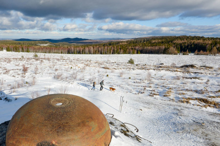 Brdy a Hřebeny: běžkařská divočina středních Čech