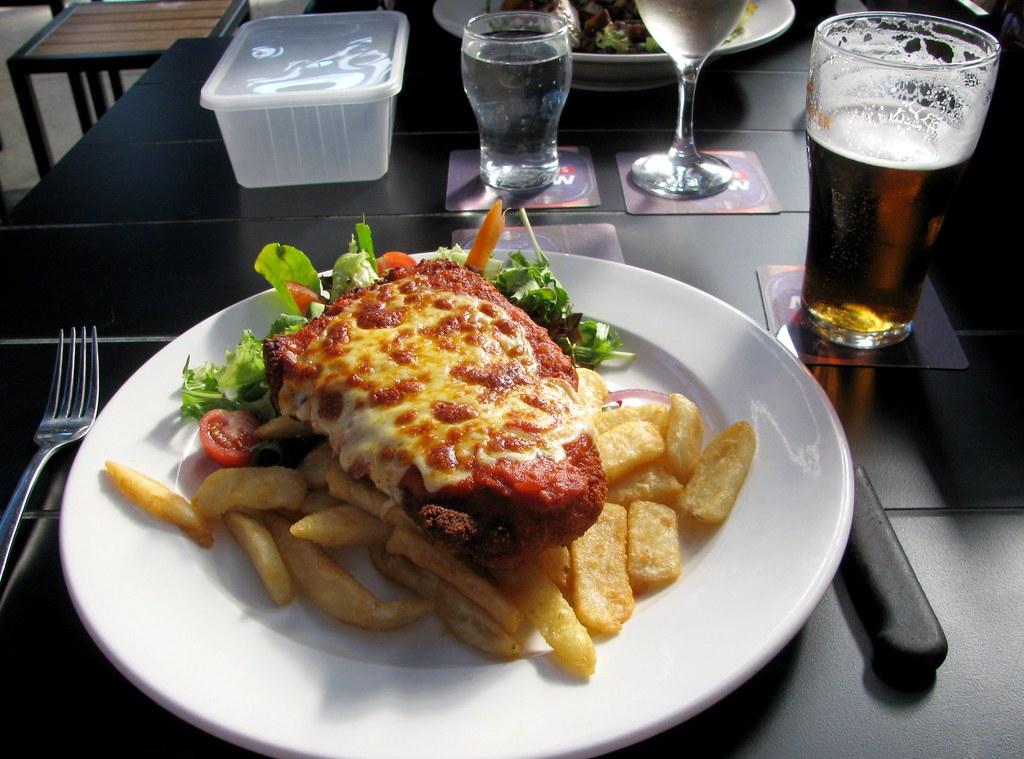 Chicken Parmigiana, Sir Joseph Banks Hotel, Banksmeadow, Sydney, NSW.