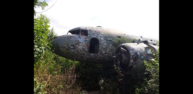 aviationblogs: Abandoned DC-3