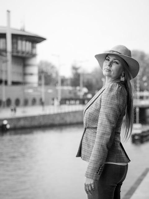 Naomi, Amsterdam 2019: Perky pose