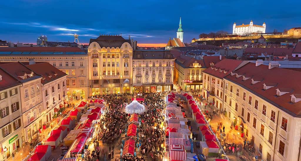 Kerstmarkt in Bratislava | Mooistestedentrips.nl